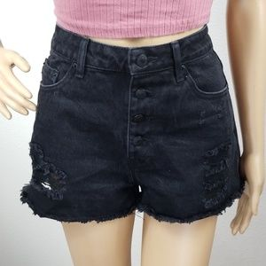 XXI | Black High waist distressed denim shorts L11